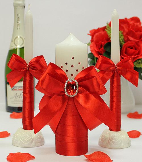 Свадебные красные свечи